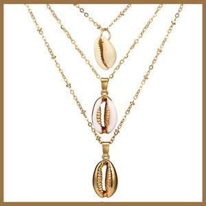 Beach Time! Multilayer Shell Necklace